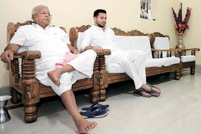 RJD chief Lalu Prasad faces political isolation, as top leaders not willing to attend rally